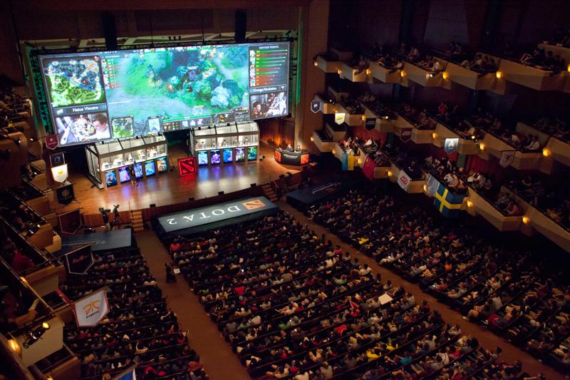 eSports vem ganhando reconhecimento mundial  com jogos como Dota 2 e League of Legends