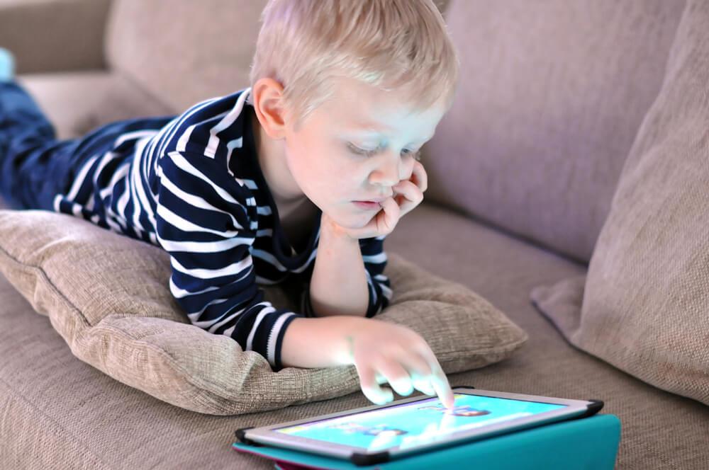Veja aqui 8 dicas para garantir uma internet segura para crianças