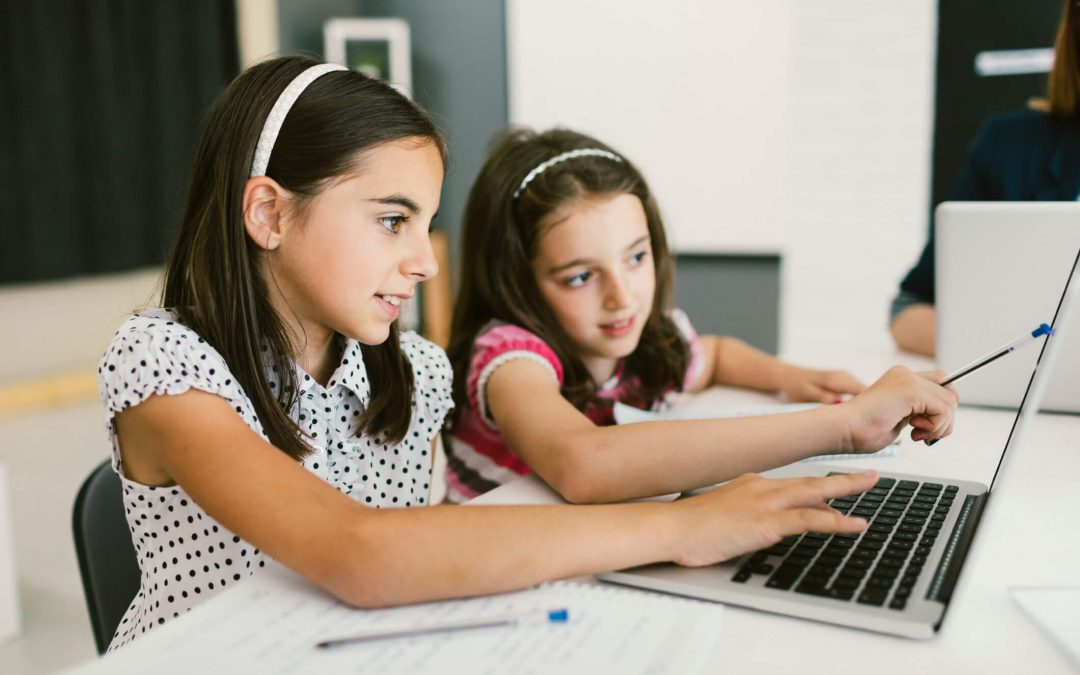 Informática para crianças: conheça a melhor escola de programação infantil