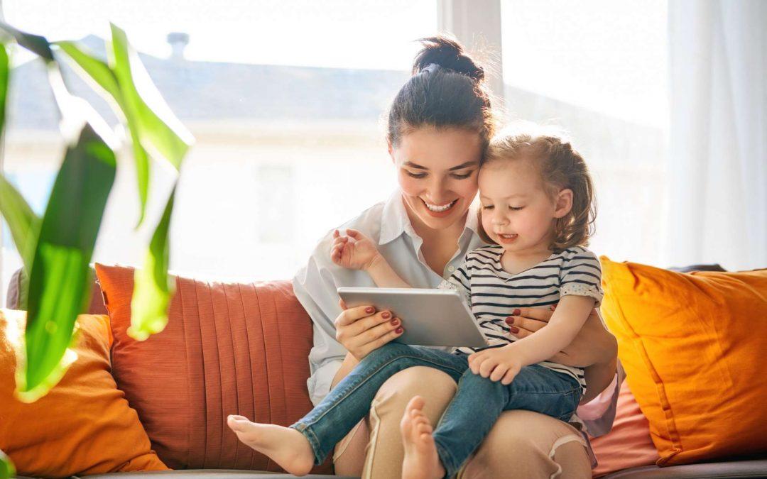 Tecnologia na infância: quais os benefícios e riscos para a criança?