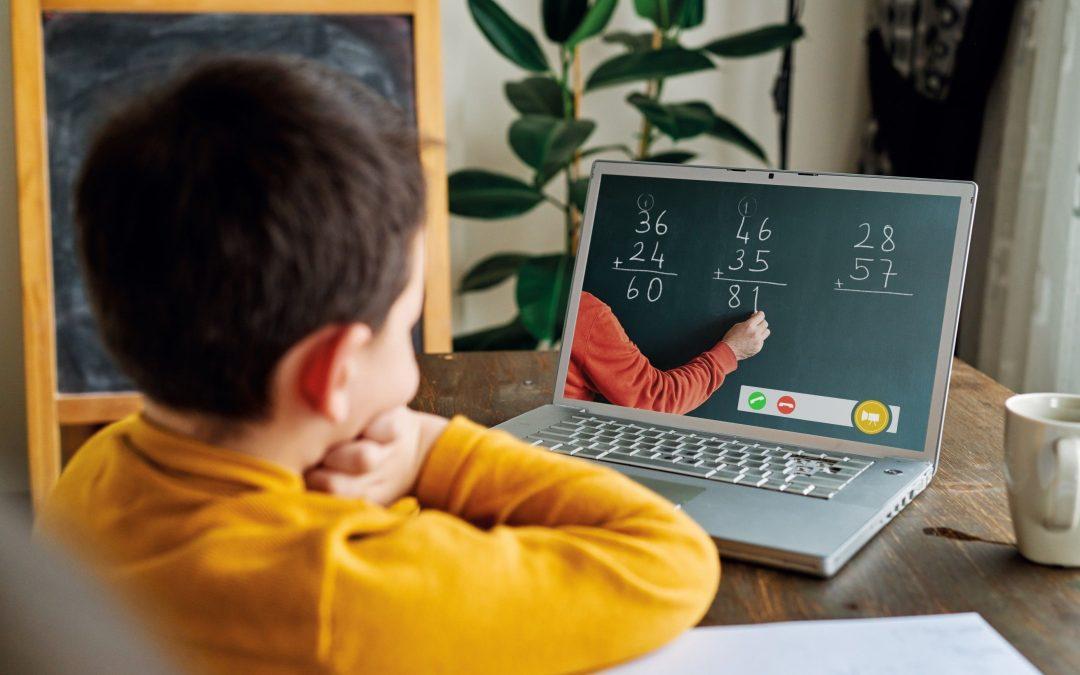 Ensino híbrido: 6 oportunidades que pode proporcionar para as crianças